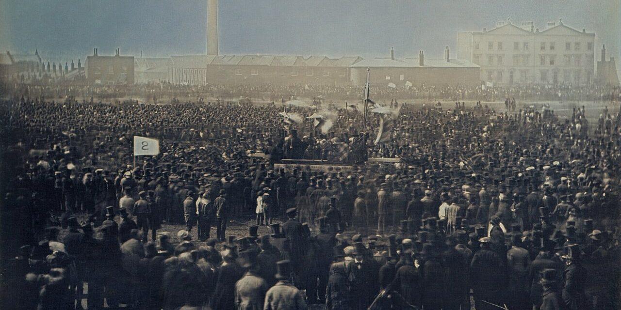 1280px-Chartist_meeting_on_Kennington_Common_by_William_Edward_Kilburn_1848_-_restoration1